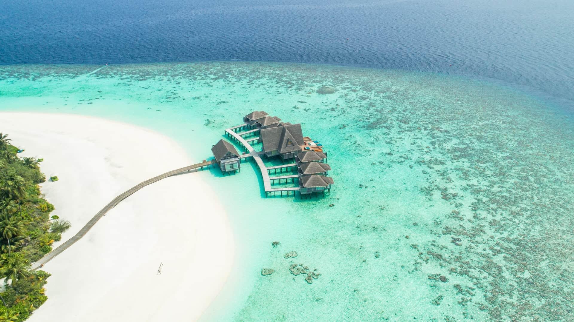 é seguro viajar para as maldivas? medidas covid 19