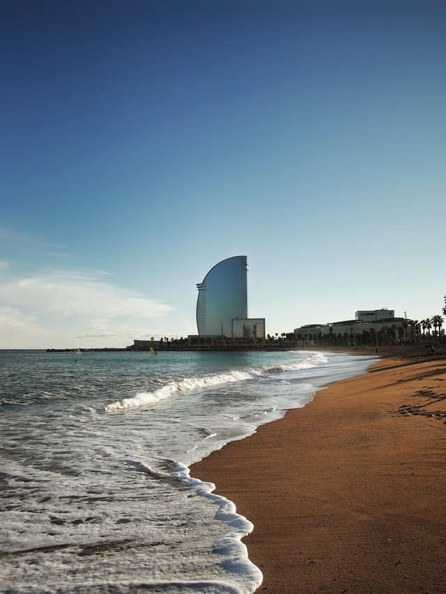 praias em barcelona
