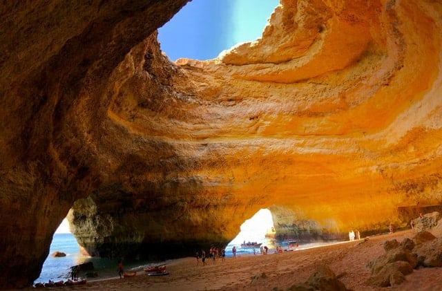 grutas de benagil no algarve
