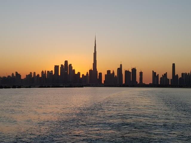 vista da cidade durante o sunset