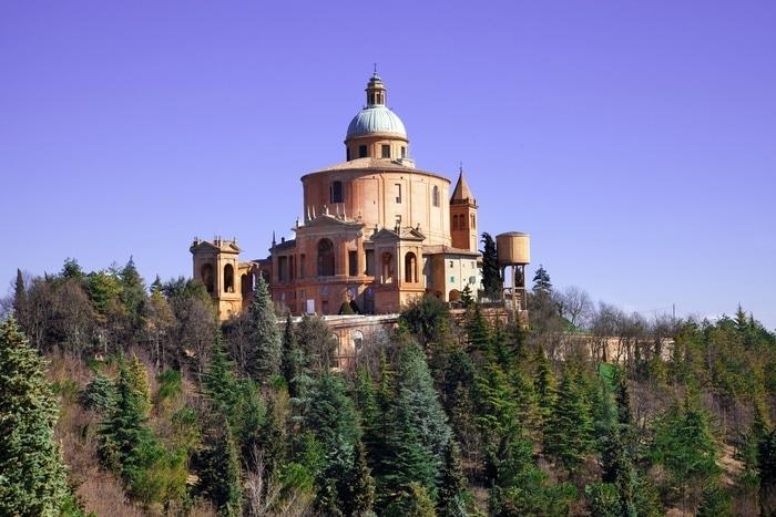 bologna sehenswürdigkeiten italien kirche